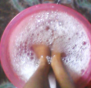 Home Pedicure for Soft and Bright Feet