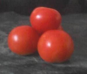 Tomato Facial Bleach at Home