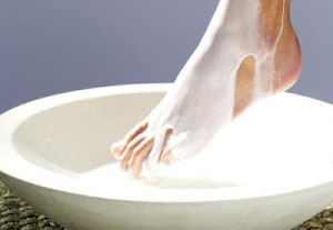 DIY Milk Foot Spa at Home