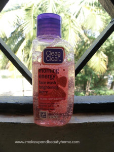 Clean & Clear Morning Energy Face Wash Brightening Berry Review