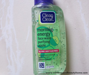 Clean and Clear Morning Energy Face Wash Purifying Apple Review