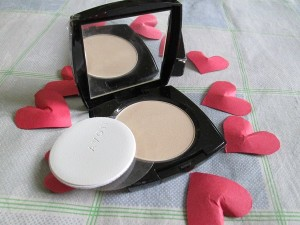 Avon Ideal Shade Pressed Powder Review
