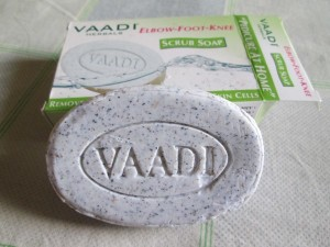 Vaadi Herbals Elbow Foot Knee Scrub Soap Review