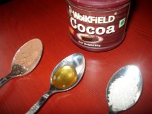 Homemade Cocoa Lip Scrub – DIY
