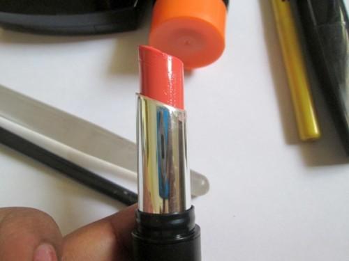 Coral-Lipstick