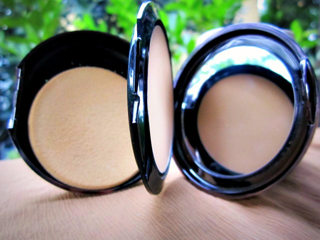Lakme-Wet-and-Dry-Compact