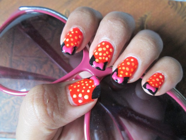 Minnie Mouse Bow Nail Art Minnie Mouse Nail Art ...