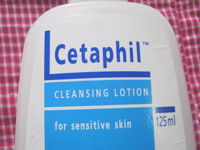 Cetaphil Cleansing Lotion for Sensitive Skin Review