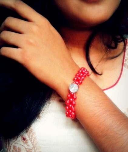 Do-It-Yourself-Beaded-Bracelet