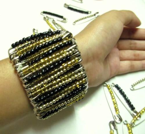 Do-It-Yourself-Statement-Bracelet