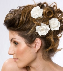 How to Decorate Your Hair with Flowers? ~ 6 Super Essential Tips