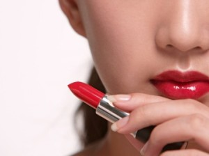 How to Keep Your Lipstick Long Lasting? – 9 Steps