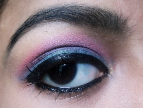 Pink-Green-Eye-Makeup-2