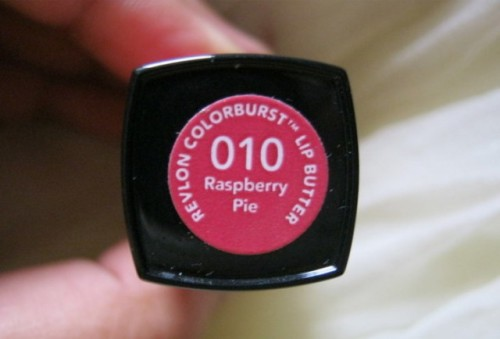 Revlon-ColorBurst-Lip-Butter-Shade-Raspberry-Pie-010