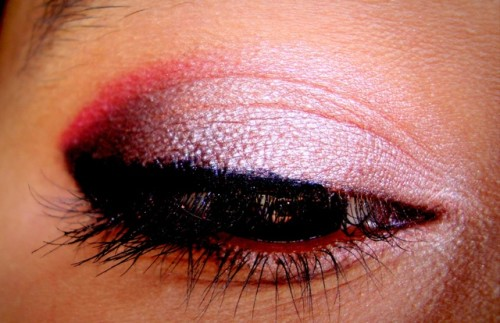 Rose-Gold-And-Plum-Eye-Makeup-Tutorial-1