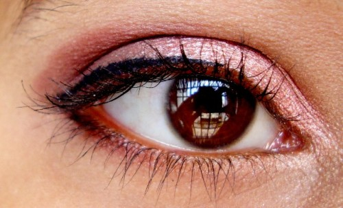 Rose-Gold-And-Plum-Eye-Makeup-Tutorial-8