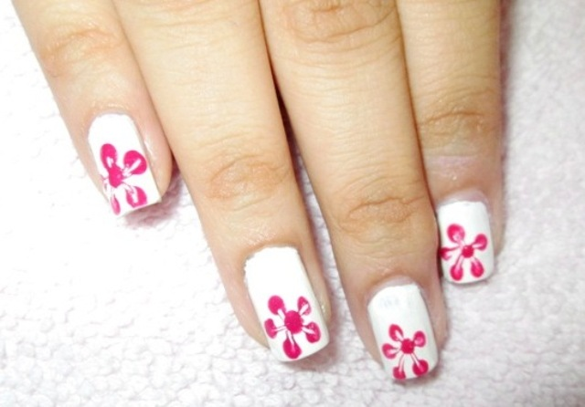 Nail Polish Flowers Toothpick To Bend Light