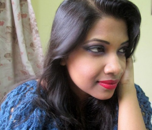 Smokey-Eyes-and-Red-Lips-Evening-Makeup-Look(2)