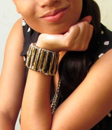 Statement Bracelet from Safety Pins-DIY