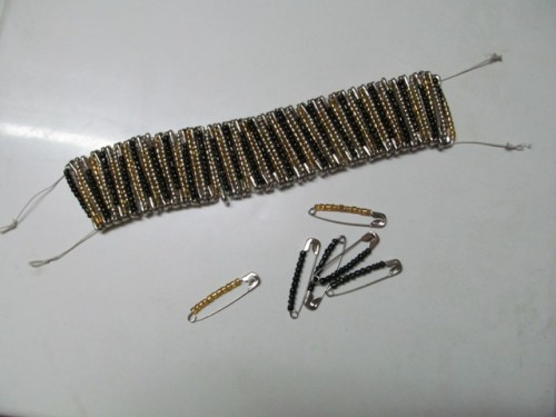 Statement-Bracelet-from-Safety-Pins-Step-3