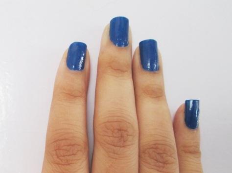 Streetwear-Color-Rich-Nail-Enamel-Blue-Bell-Review-6