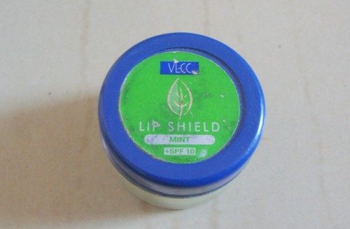 VLCC-Lip-Shield-Mint-With-SPF-10-Review