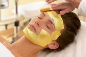Major Skin Benefits of Gold Facial