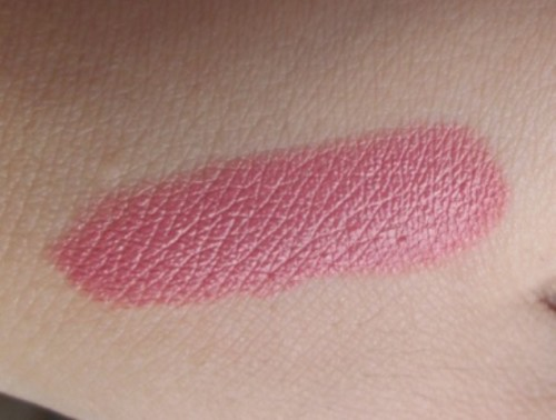 Lakme-Enrich-Satin-Lipstick-145-Review-Swatch
