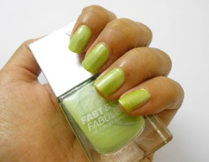 Lakme Fast and Fabulous Nail Polish No.36 Mint Green Review