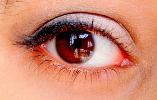 eye-makeup-scorpio