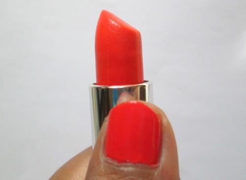 maybelline-orange-lipstick-review