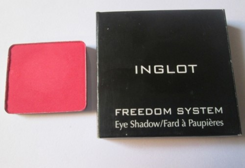 Inglot Freedom System Eyeshadow Matte Square 382 Review