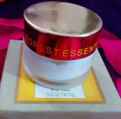 forest essentials eye cream with anise review