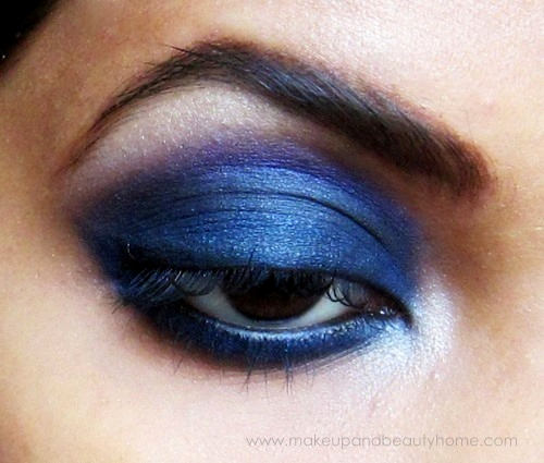 intense blue smokey eyes
