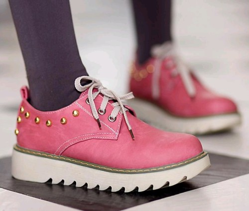 Pink-Spring-Fashion-Sneakers