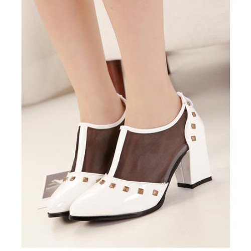 Women-Vintage-Stylish-Shoes