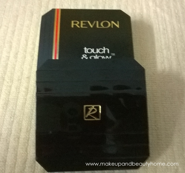 revlon touch & glow moisturizing powder
