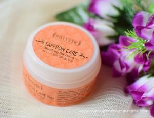 sattvik organics saffron mattifying day cream review