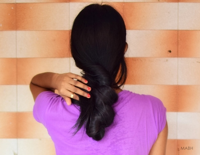 Loose hair bun