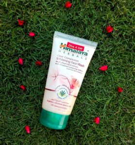 Himalaya Herbals Clear Complexion Whitening Face Wash Review