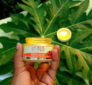 Lotus Herbals Papayablem Papaya-n-Saffron Anti-Blemish Creme Review
